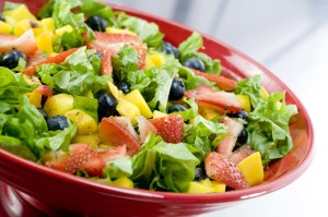 A SALAD THAT HELPS YOU LOSE WEIGHT