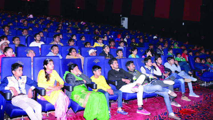 Every Cinema Hall Reverberates with the Roar of 'Sher-E-Hind